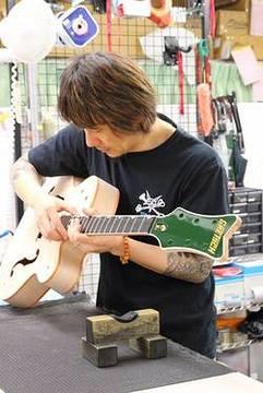 Ken Yokoyama、Gretsch Guitarの132年の歴史において、初の日本人ギタリストのシグネチュア・モデル今秋発売決定!米本国サイトにも登場