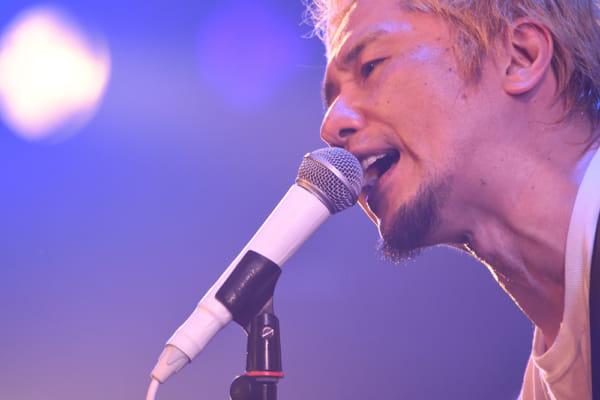 横山健、9月5日発売の和田アキ子デビュー50周年記念トリビュートアルバムに参加決定!